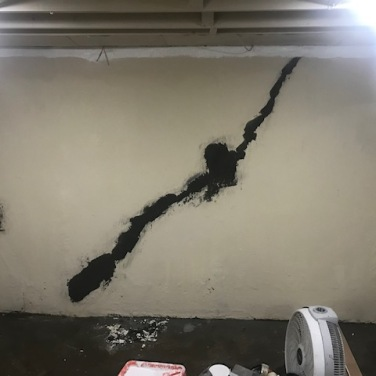 Basement Crack Patching